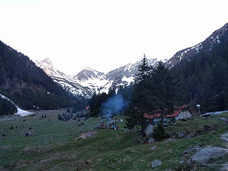 Cabana Valea Sambetei (1400 m)
