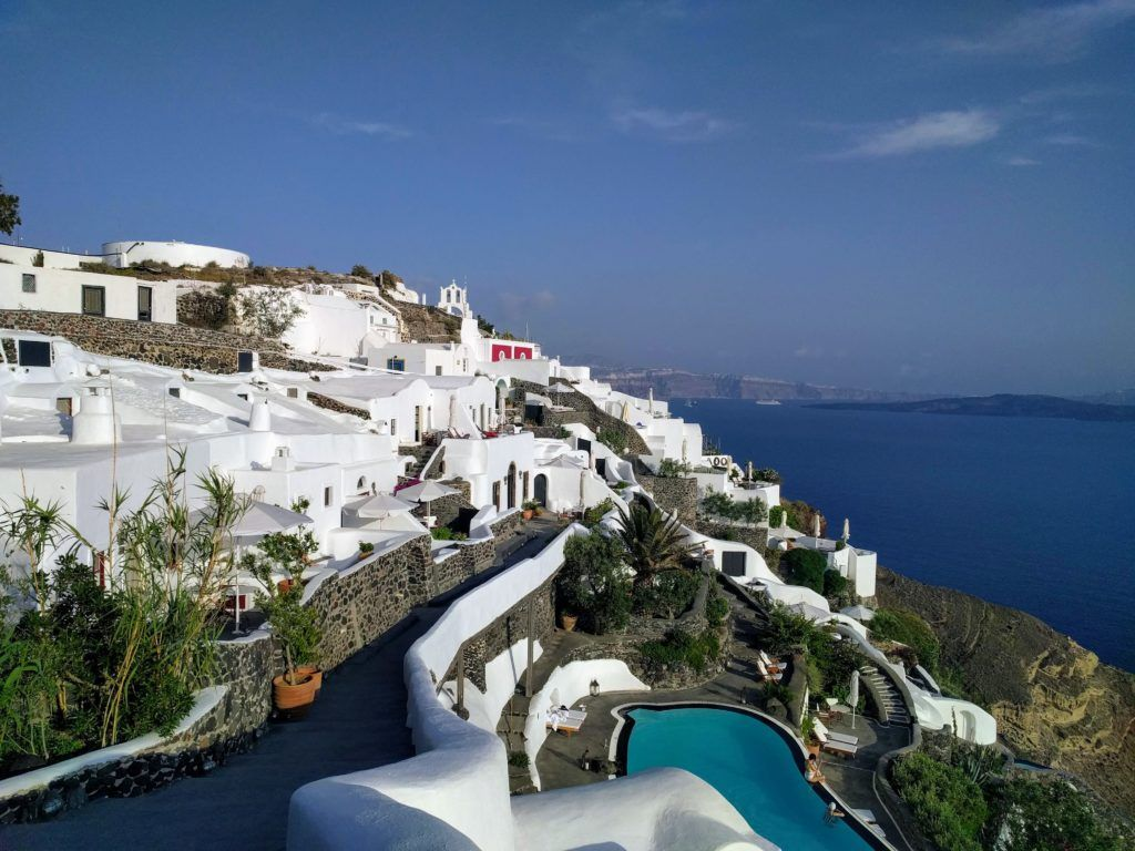 Walking from Fira to Oia